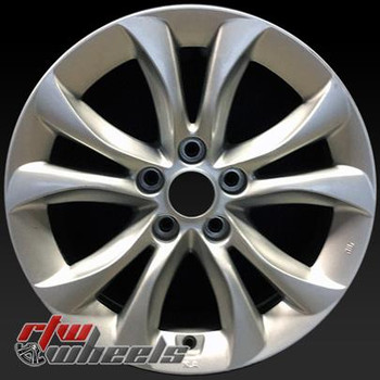 17 inch Hyundai Genesis  OEM wheels 70825 part# 529103M570
