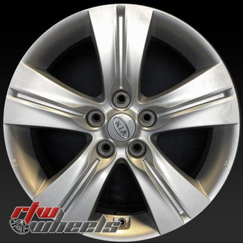 17 inch Kia Sportage  OEM wheels 74641 part# 529103U210, 529103U200