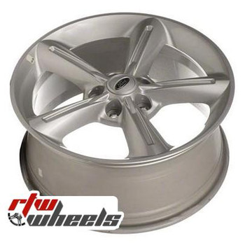 18 inch Ford Mustang  OEM wheels 3834 part# AR3Z1007G