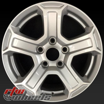 17 inch Jeep Wrangler OEM wheels 9216 part# 5VH23GSAAA, 5VH23TRMAA