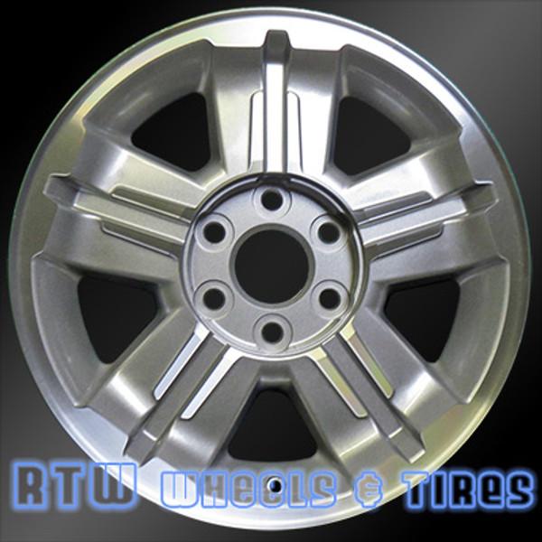 18 inch Chevy   OEM wheels 5300 part# 09595987