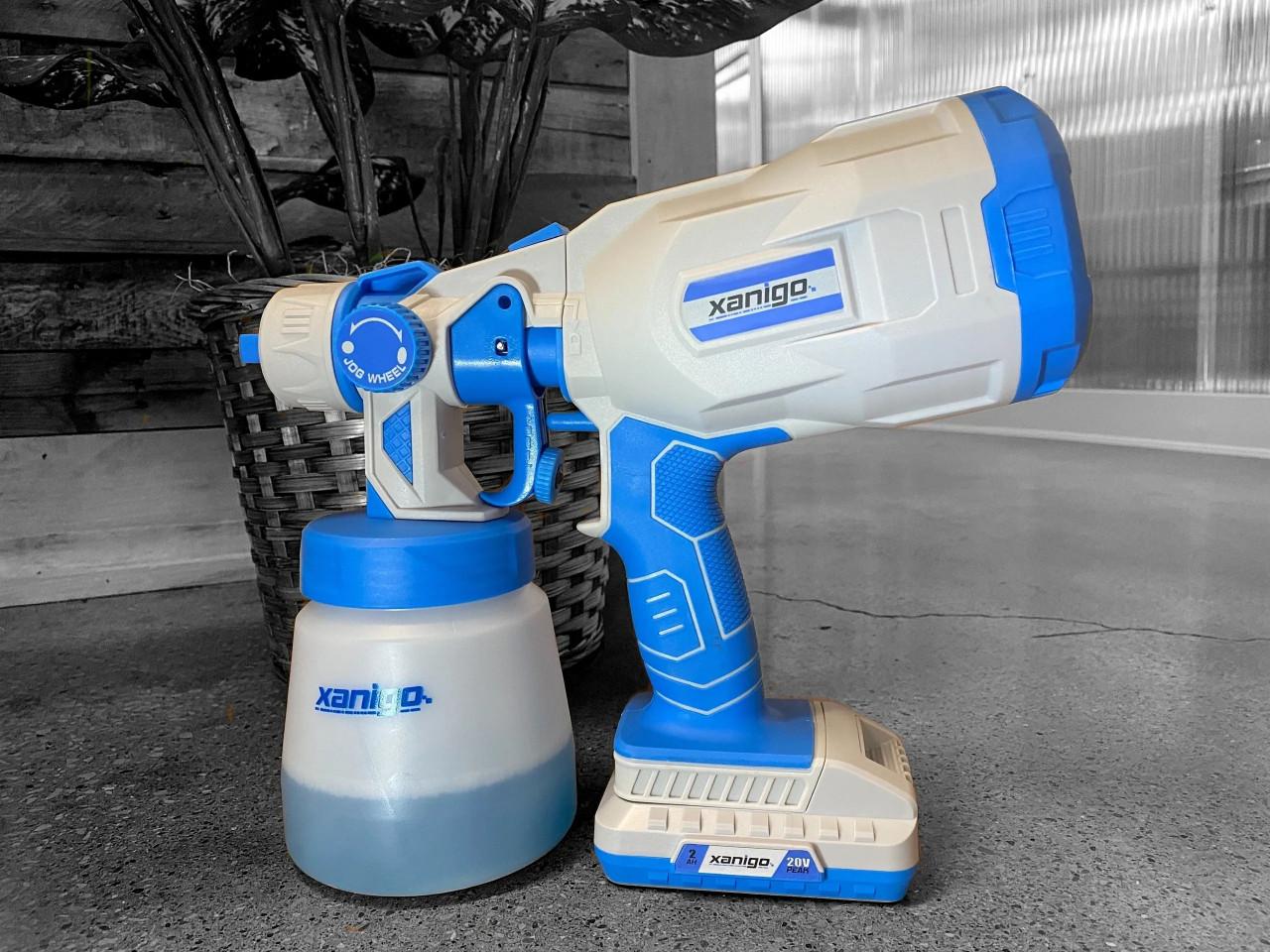 Xanigo Cordless Sprayer Bundle with Pure&Clean Sports Solution