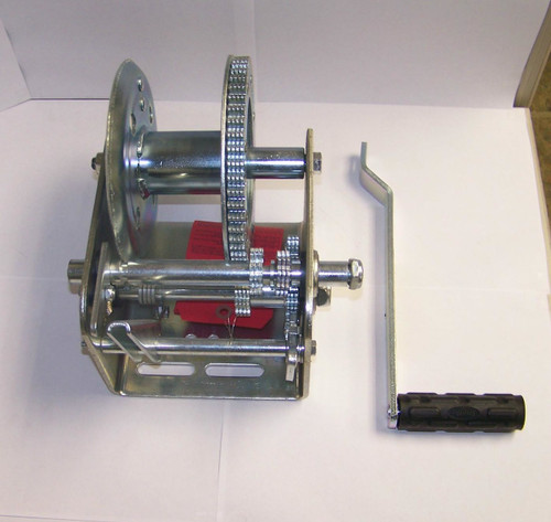 "Winch 3200# Load Capacity, 5.1:1 Gear Ratio, 1"" Hub Size"