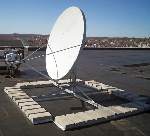 Global Skyware B6116 Non-Penetrating Roof Mount for Antennas up to 1.8m with Roof Pads
