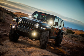 Baja Designs Jeep JL (Rubicon), Squadron-R Sport, Fog Pocket Kit