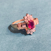 Vintage Ruby & Diamond Ring in 14kt Gold