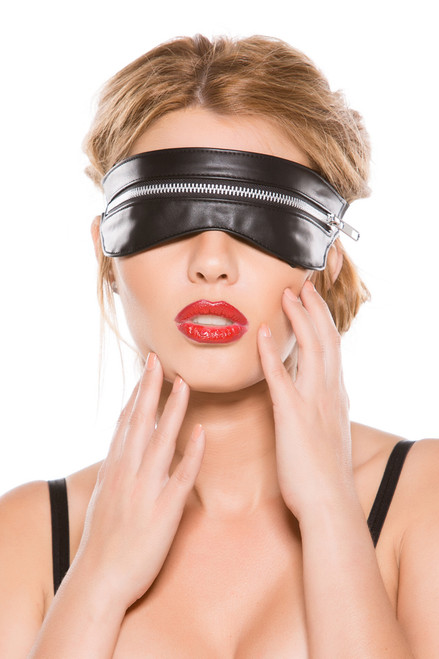 Shop this women's leather sexy eye mask with zipper