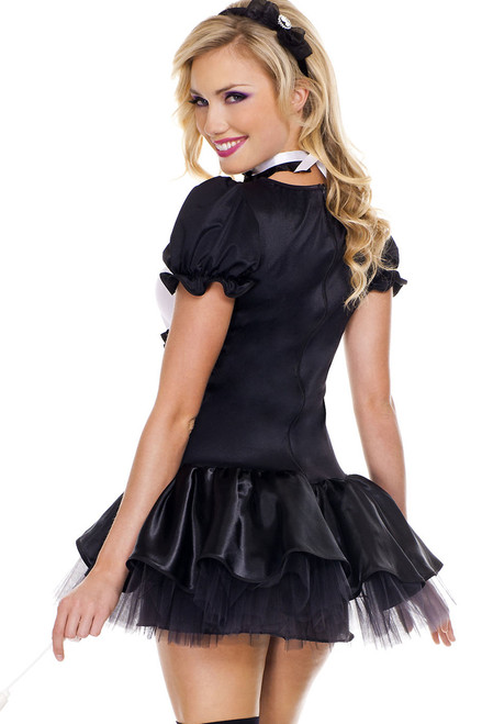 Women's sexy maid costume for Halloween.