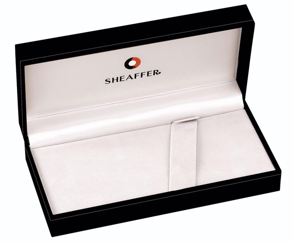 Sheaffer Legacy Heritage Deep Cut Palladium Plate Ballpoint Pen in gift box