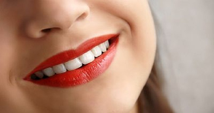 sweet-smile-with-nice-lips-14560.jpg