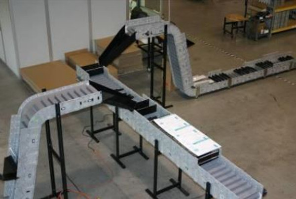 Dynamic Conveyor custom chutes