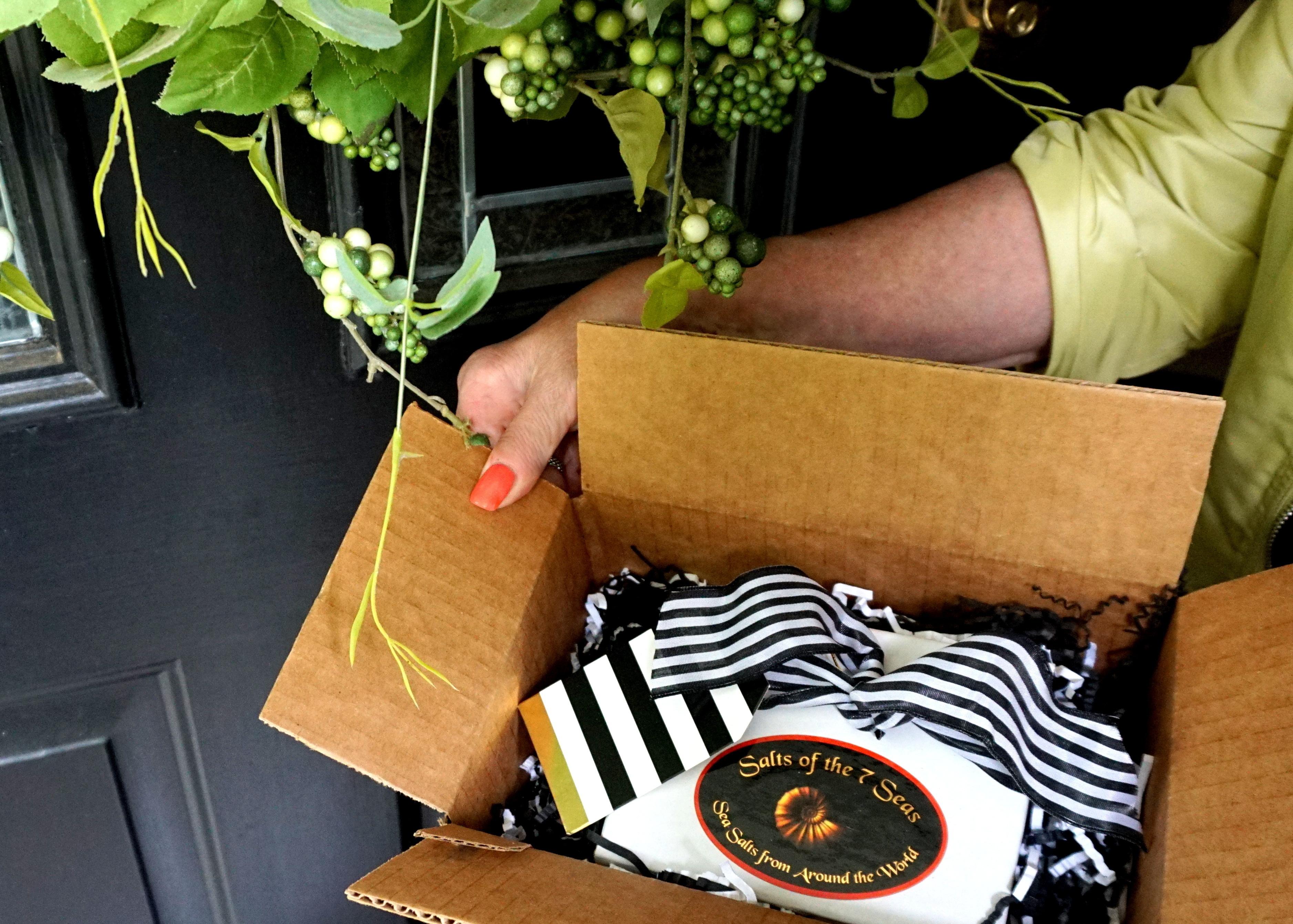 club-gift-box.jpg