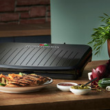 George Foreman Large Fit Grill Lifestyle Image with food