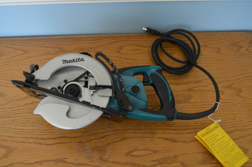 Makita 5477NB 7-1/4 in. Hypoid Saw Factory Reconditioned