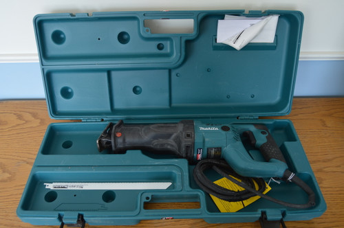 Makita  Factory Reconditioned Recipro Saw -11 AMP Model JR3050T