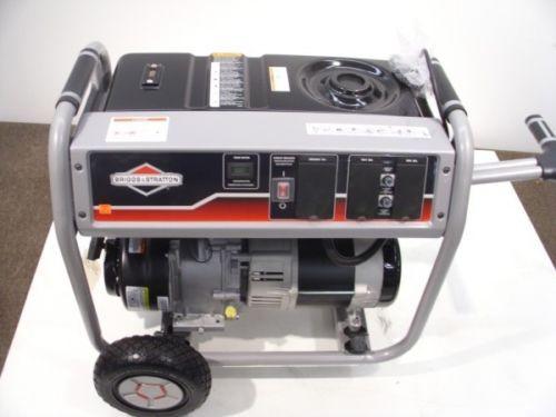Briggs and Stratton Generator Portable 5000W  OHV engine power surge alternator