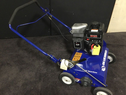 Blue Bird Power Rake PR 18 Briggs & Stratton Engine  Sales Floor Model