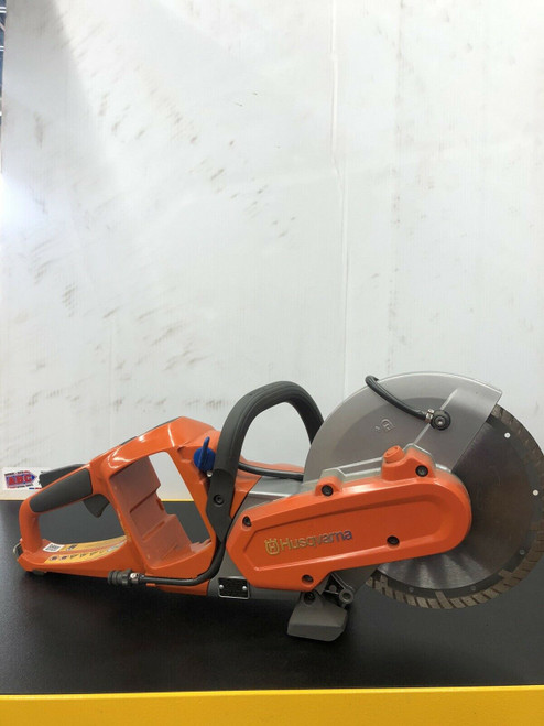 "New Husqvarna New Electric 9"" Saw, With Rechargeable Battery Used Blade Included"