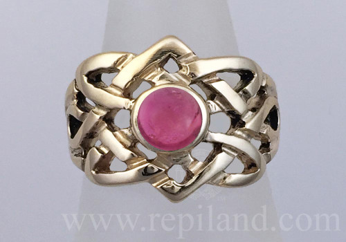Danadas Ring, yellow gold with Pink Tourmaline, top view of knotwork ring with 6mm gemstone at center.