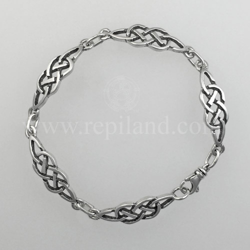 Classic Celtic knot bracelet