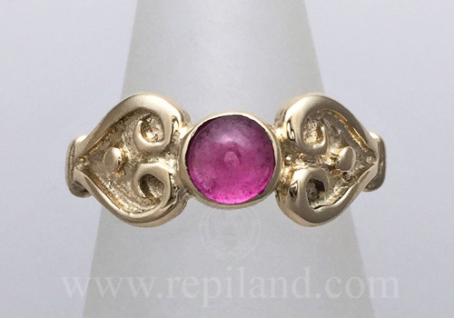 Nemetona Gem Ring with opposing heart shapes and beads, yellow gold with Pink Tourmaline.