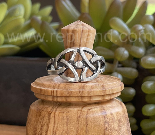 Gethin Knot Ring, sterling