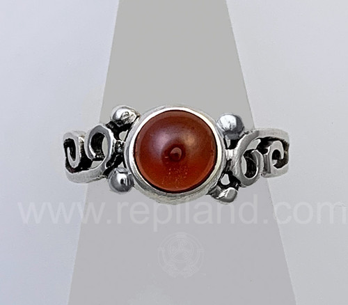 The Merrow Gem Ring features an 8mm gem with beads and curls.