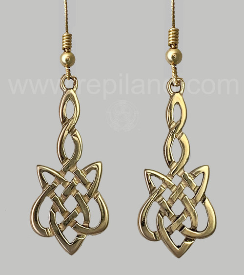 The Sionnach Knot Earrings have a twined stem that drops into a wider knot below.