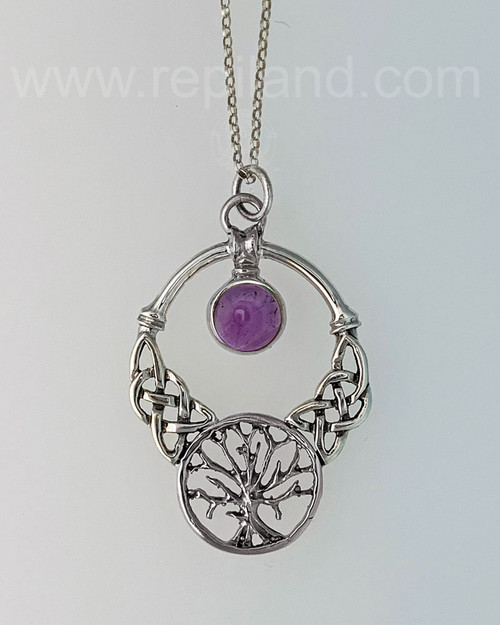 The Oak Grove Gem Pendant features knotwork, a tree and an 8mm gemstone.