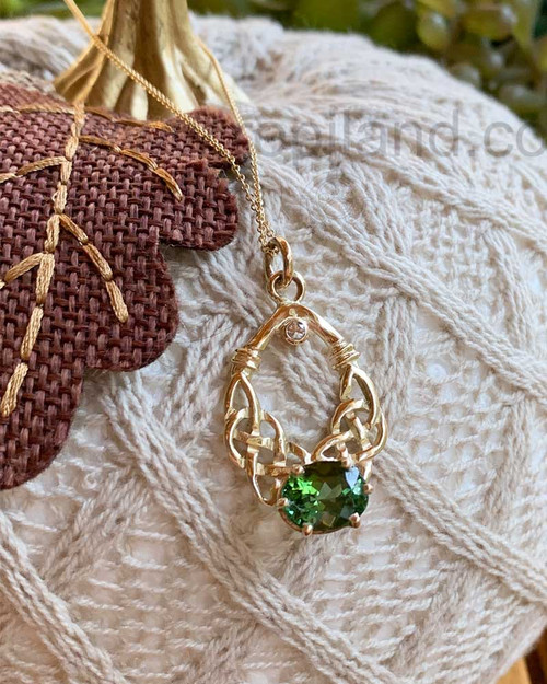 14kt Yellow Gold Pendant with 3.06ct Green Tourmaline & 5pt Diamond