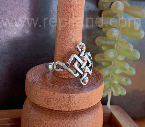 Crisial Ring, sterling & gold