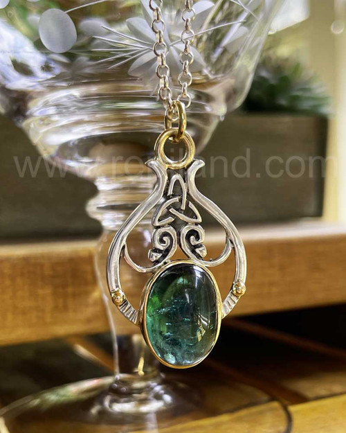 Pendant with 13.59ct Green Tourmaline, sterling & gold
