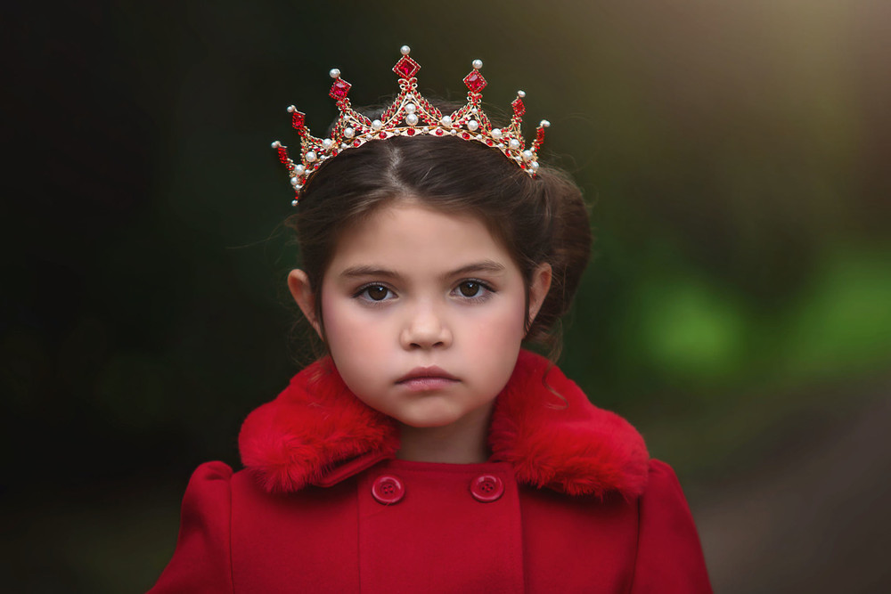 """ROYAL HIGHNESS TIARA RED"""
