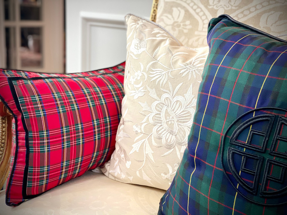 BLACK WATCH EMBROIDERED PILLOW CASE