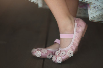 ZOEY SHOE PINK