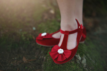 MYRA SHOE CRIMSON