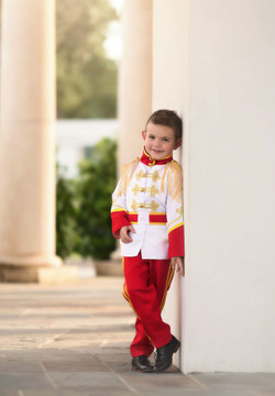 """ROYAL PRINCE COSTUME"""