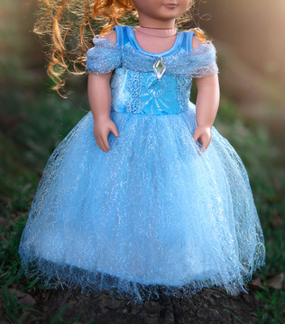 DOLL DRESS QUEEN OF THE KINGDOM
