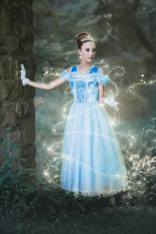QUEEN OF THE KINGDOM GOWN FOR WOMEN