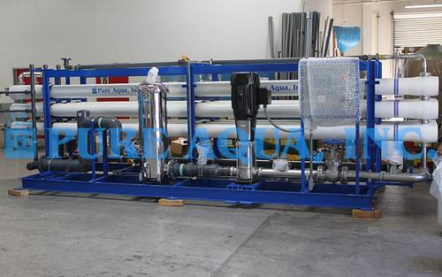 Sistema de ÓI Industrial Salobre Para Ganado 360,000 GPD – EE. UU