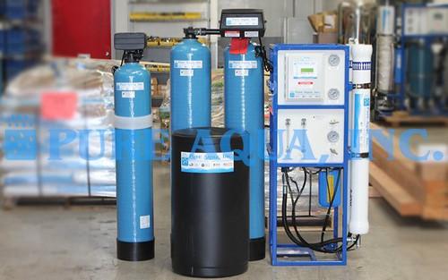Máquina de ósmosis inversa comercial para lavado de autos (reducción de calcio / magnesio) - 3,000 GPD - EE. UU.