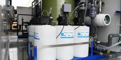 SWRO de doble paso en contenedor para agua alcalina 7 GPM - Bahamas