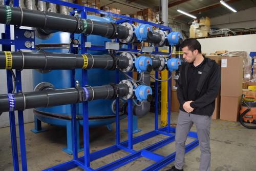 Filtración Dúplex de Agua con Sistema de Bombe de Alimentación y Retrolavado 600 GPM | EE.UU