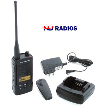 RDU4160d is an On-Site Two-Way business radio that is 4 Watts, 16 Channels and affordable. It's easy to use and keeps projects on track through better coordination of foremen, subcontractors and individual tradespeople.