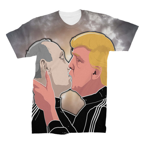 Donald Trump kissing Vladimir Putin All Over Printed T-Shirt