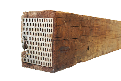 This image shows the Thumbnail of the Product as well as a close up shot of the end of the Railroad tie