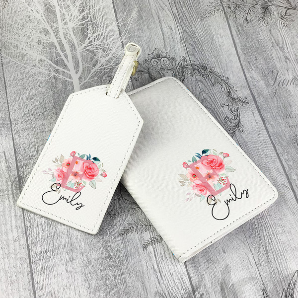 Passport holder and luggage tag gift set for travel lovers