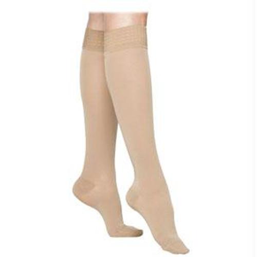 863c Essential Opaque Calf With Grip-top, 30-40mmhg, Women's, Medium, Short, Crispa