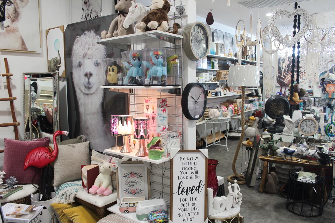 Minki Bazaar Meadow Mews