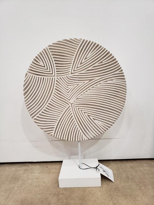 Linier Decorative Wooden Stand
